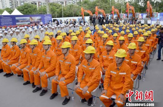 广州6条地铁新线同日开工建设