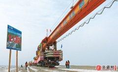 格库铁路铺轨至若羌县 目前新疆段