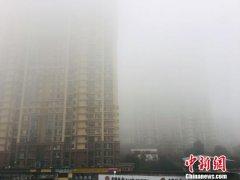 湖北省内中东部地区出现大雾天气