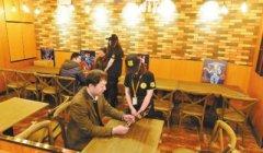乌鲁木齐站美食街今起迎客 为来往