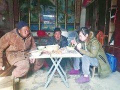 大年初一请孤寡老人吃饺子 周口市