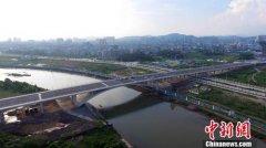 中越北仑河二桥临时开放通过验收
