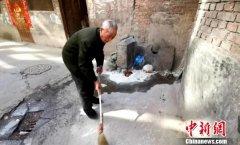 西宁市城北区92岁老人义务清扫34年