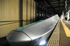 """日本""""长鼻子""""新干线列车开始试运行 制作费用高"""