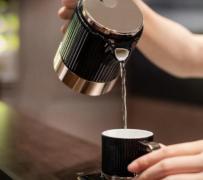 一罐好茶多泡装 小罐茶亲民化路线
