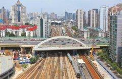 上海北横通道彩虹桥顶推到位 建成
