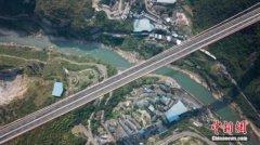 赤水河红军大桥建成交付 比预期缩